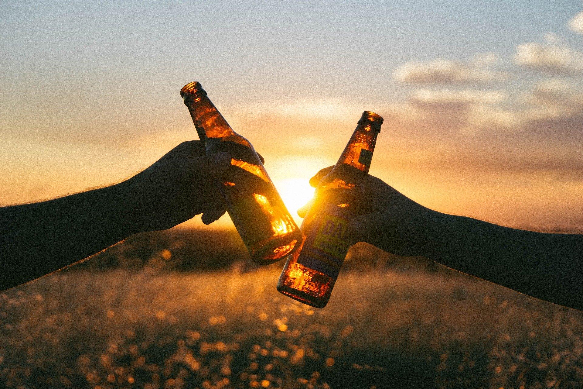 ビール 夕焼け