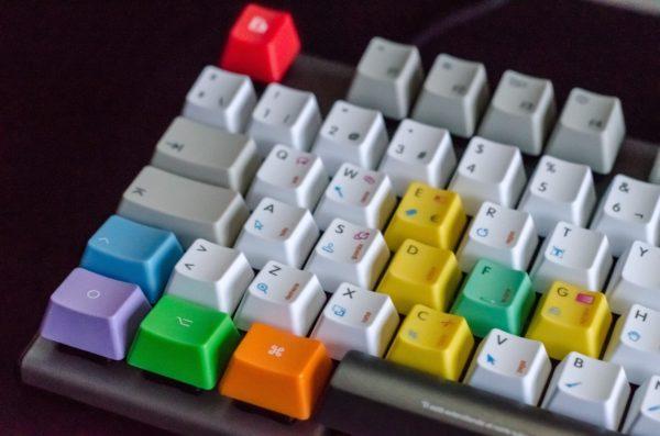 ゲーミングキーボード4