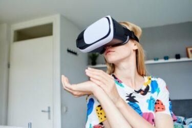 VRゴーグル人気おすすめ8選!料金や選び方もご紹介