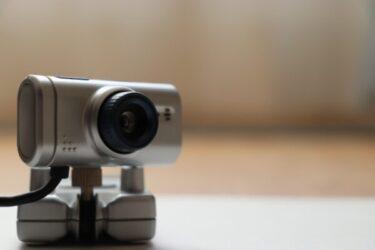 おすすめのWebカメラ10選!動画配信やテレワークなど用途ごとに紹介